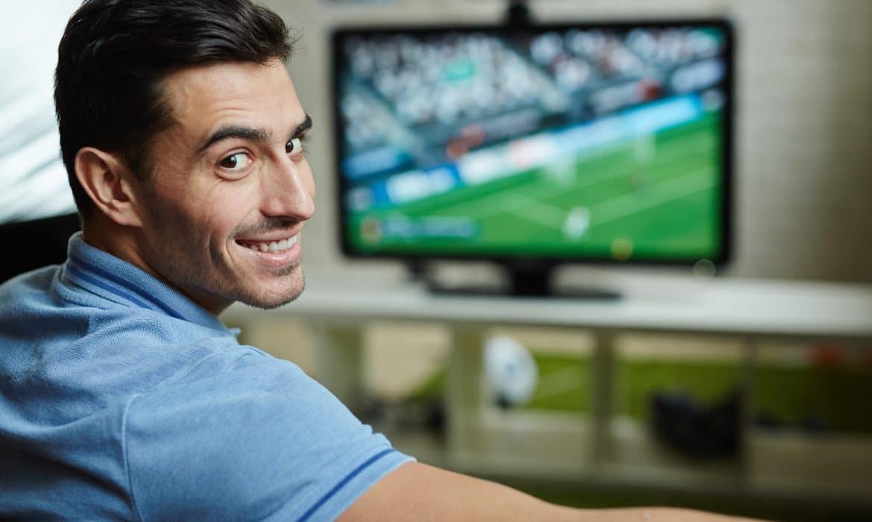 Ekstraklasa oferuje prawa do transmisji meczów firmom bukmacherskim. Czasu mało, decyzji na razie brak