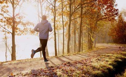 Bieganie jesienią może być przyjemne